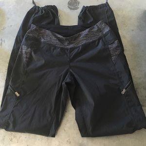Lululemon Black Joggers Gym Pants Size 6